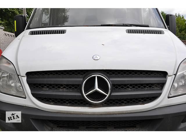 купить бу Капот,улыбка,фара Mercedes Sprinter W 906 в Ровно