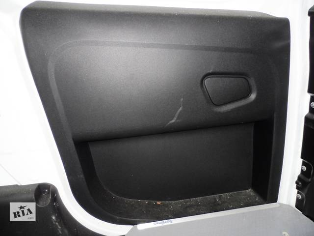 купить бу Карта задней сдвижной двери Фіат Фиат Добло Новый кузов 263 Fiat Doblo Nuovo 263 2009-2014 в Ровно