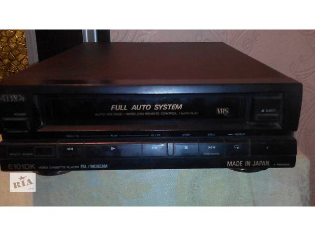 продам касетный видеоплеер бу в Кременчуге