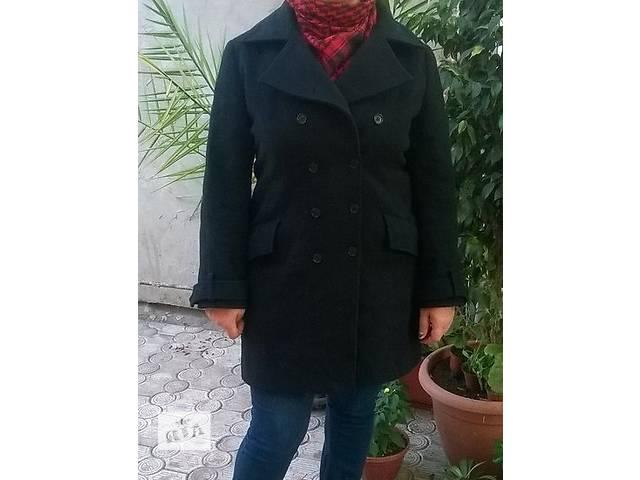 продам кашемировое  полу-пальто черного цвета размер 48-50 бу в Мариуполе