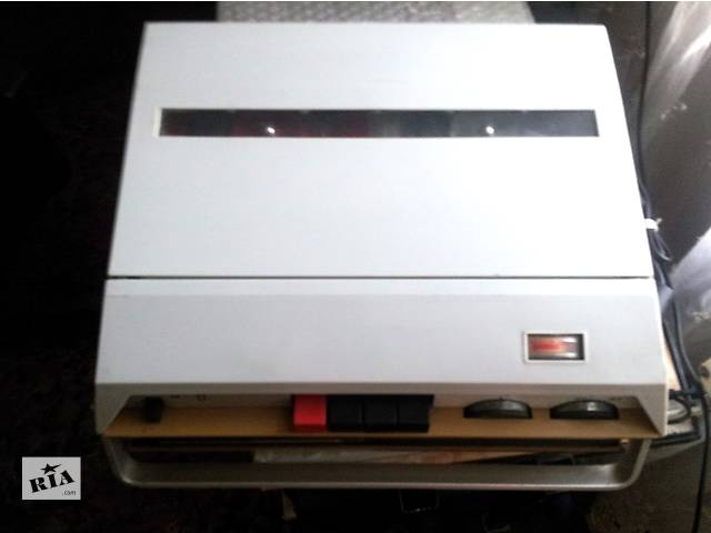 катушечный переносной магнитофон ,,Романтик 3,,- объявление о продаже  в Шполе