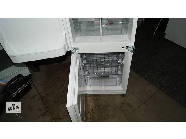 продам Холодильник під забудову bauknecht, 1 компресор, капельна система бу в Березному (Ровенской обл.)