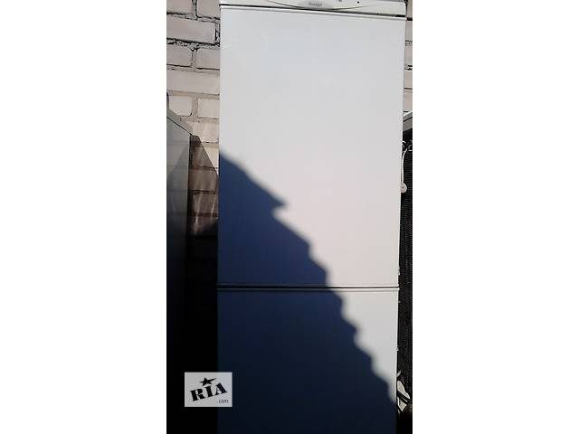 Холодильник с морозильником 2-камерный - объявление о продаже  в Херсоне