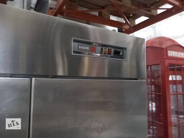 купить бу Холодильный шкаф нержавеющий, 2-х дверный, б/у в ассортименте. в Киеве