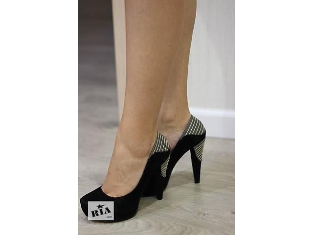 Классические замшевые черные туфли- объявление о продаже  в Кривом Роге