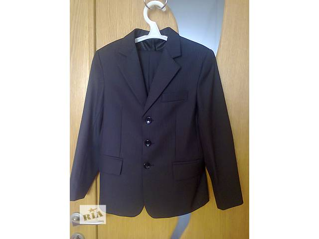 бу классический костюм для мальчика (8-10 лет)от S. A. L.-teks в Тернополе
