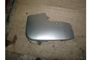 б/у Клык бампера Opel Vivaro груз.