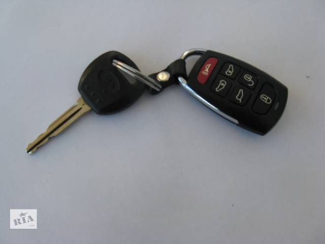 Ключ с брелком управления замками для Kia- объявление о продаже  в Львове