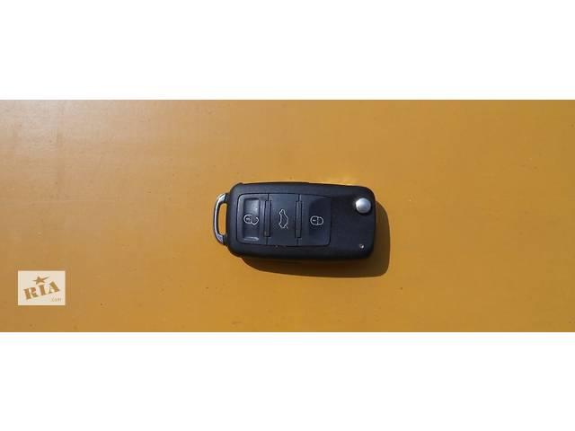 купить бу Ключ зажигания 3D0959753AD Volkswagen Touareg Туарег в Ровно
