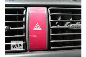 б/у Кнопка аварийки Opel Combo груз.