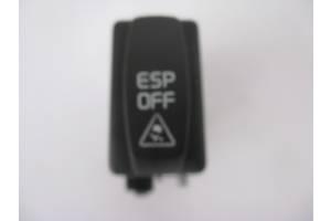 Блок кнопок в торпеду Renault