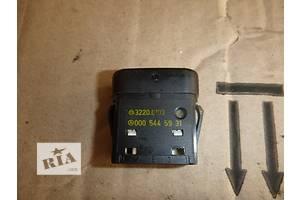 б/у Блоки кнопок в торпеду Sprinter 313