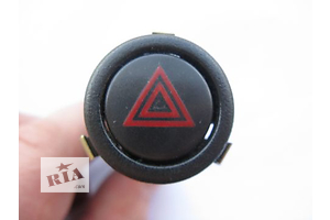 Кнопка аварійки Saab