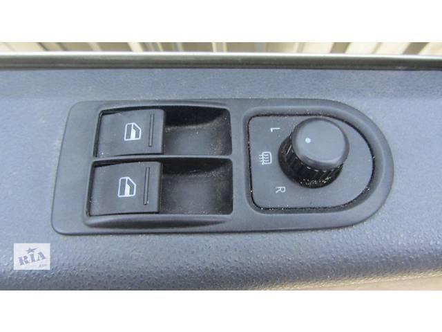 купить бу Кнопки стеклоподъемника на VW Фольксваген Транспортер Т5 Volkswagen T5 в Ровно