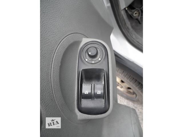 продам Кнопки стеклоподьёмника Рено Мастер 2,5 Renault Master ,Opel Movano Опель Мовано,Nissan Interstar бу в Ровно