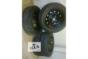 Колеса и шины Шины Зимние Nokian R14 175/ 65 Легковой
