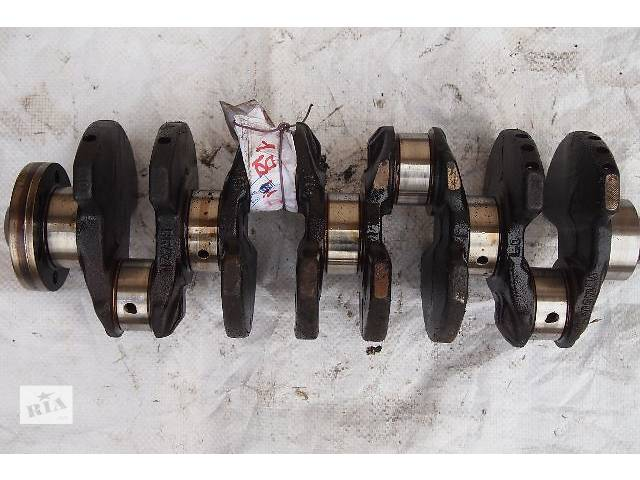 продам колінвал на фольксваген пасат 1.8 бензин номінальний можна з вкладишами є інше по мотору масл насос блок поршня шатуни бу в Черновцах
