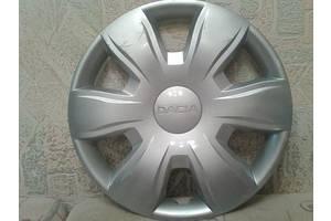 б/у Колпак на диск Dacia Logan