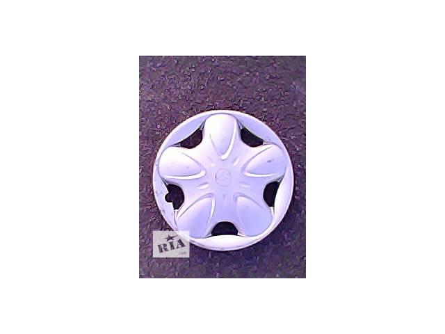 купить бу Колпак на диск Легковой Toyota r14 в Харькове