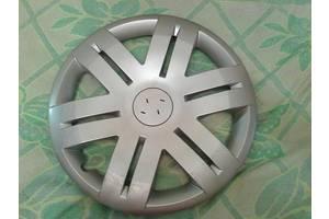 б/у Колпак на диск Renault Trafic