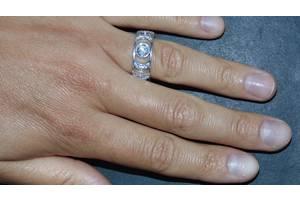 Новые Кольца с драгоценными камнями