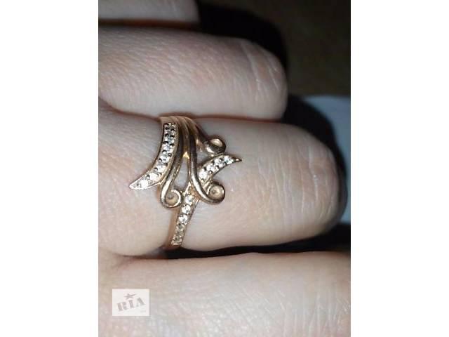 продам кольцо золотое бу в Харькове