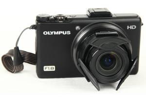 б/у Компактная фотокамера Olympus XZ-1