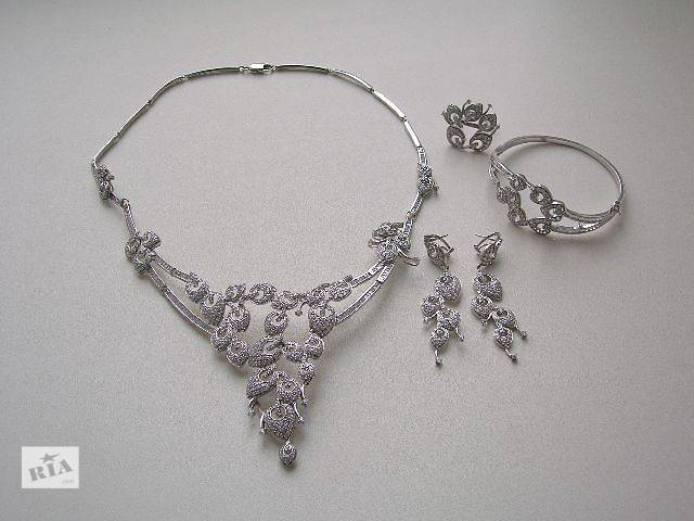 бу Комплект: колье, серьги, браслет, кольцо. в Тернополе