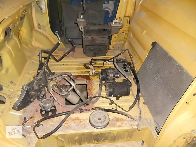бу Комплект кондиционера на Renault Trafic, Opel Vivaro, Nissan Primastar в Ровно