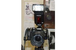 б/у Зеркальные фотоаппараты Olympus