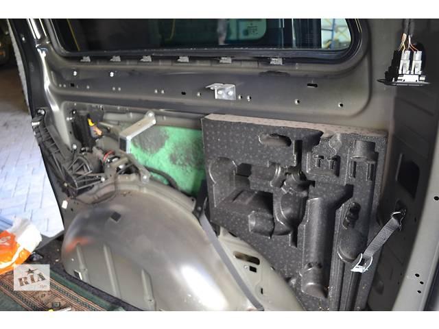 продам Комплект оригинального електро привода на сдвижную дверь Mercedes Viano w639. Установка под КЛЮЧ! бу в Ровно