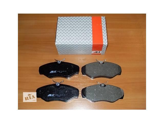 Комплект передних тормозных колодок  ABS   Италия   на  1.9 / 2.0 / 2.5dci -  RENAULT TRAFIC / OPEL VIVARO- объявление о продаже  в Луцке