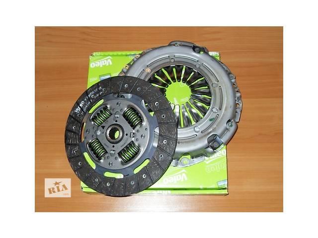 Комплект сцепления ( диск + корзина )  VALEO   Франция   на 2.0 / 2.5dci  -  RENAULT TRAFIC / OPEL VIVARO- объявление о продаже  в Луцке