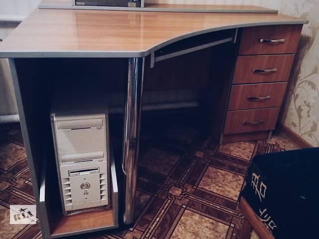 бу Комплект угловой письменный стол + полка в Краматорске