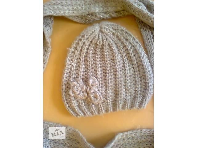 продам комплект из шарфа и шапочки 5% металлизированной нити цвета фуксии и 95% полиакрила цвет соответствует первому фото бу в Мариуполе (Донецкой обл.)