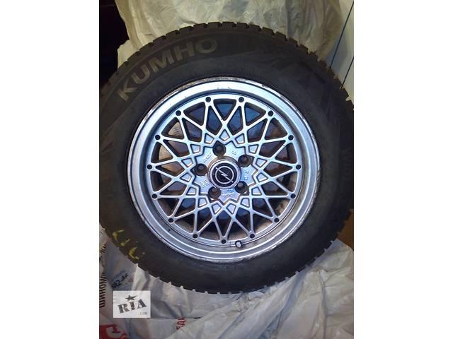 продам Комплект зимней резины Kumho Wintercraft 195x65 R15 на литых дисках бу в Киеве