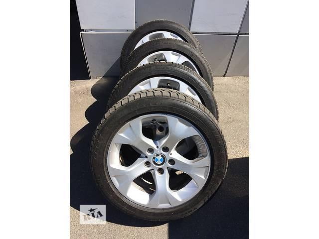 купить бу Комплект зимних колес для BMW X1 R17 225/50 в Киеве