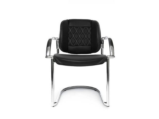 бу Комплект: офисное кресло для руководителя + 2 стула для посетителей в Киеве