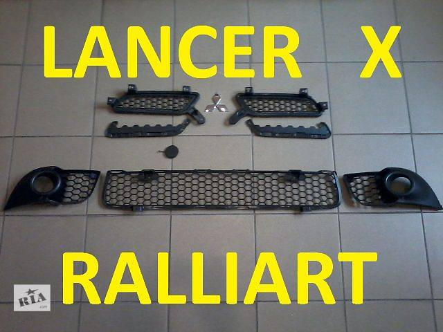 купить бу Компоненты бампера Lancer X new/Ralliart/Sportback в Донецке