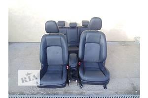 Салоны Lexus CT 200H