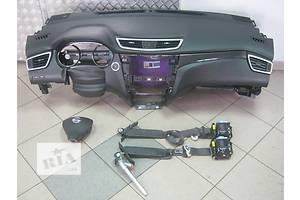 Накладки Nissan X-Trail