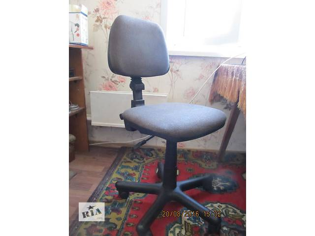 купить бу Компьютерный стул и кресло на колесиках БУ в Киеве