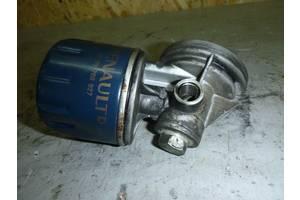 б/у Корпус масляного фильтра Renault Sandero