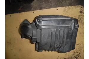 б/у Корпус воздушного фильтра Volkswagen Caddy