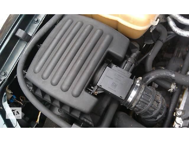 купить бу  Корпус воздушного фильтра для легкового авто Opel Omega B в Костополе
