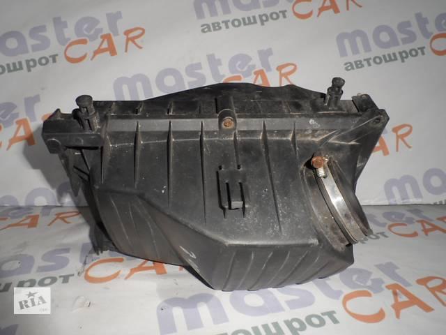 купить бу Корпус воздушного фильтра Опель Комбо Opel Combo 1.3 CDTI 2001-2011. в Ровно
