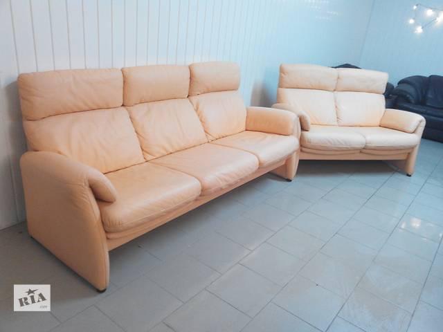 Комплект кожаных диванов 3+2- объявление о продаже  в Львове