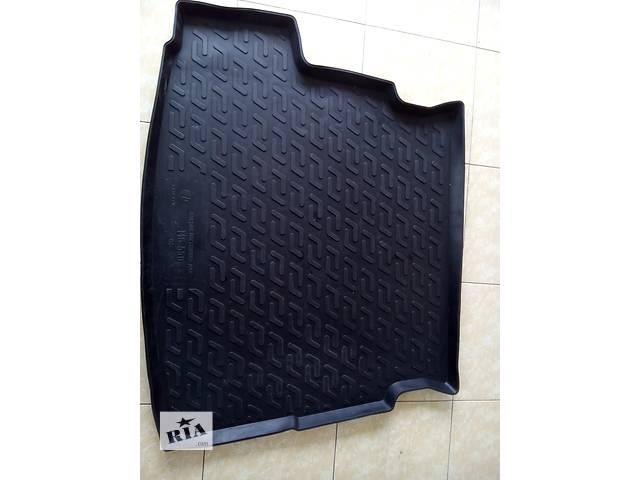 бу коврик для багажникаMG550cедан в Сарнах