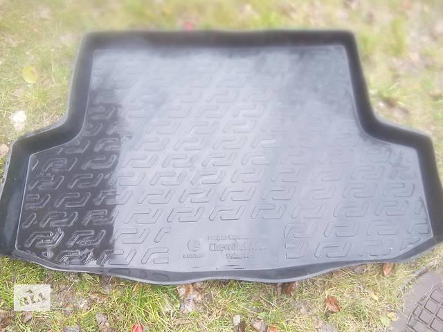 купить бу Коврик в багажник для Chevrolet Aveo 2002-2011 в Сумах