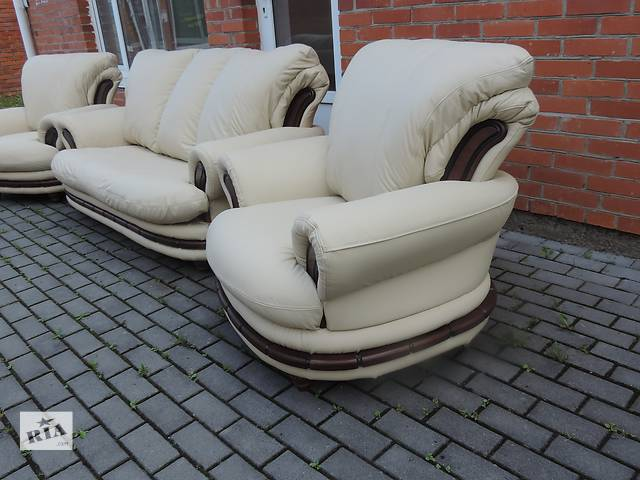 бу Кожаная мебель,кожаный комплект диван и кресла. PALERMO в Дрогобыче